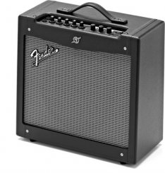 Fender Mustang II stiprintuvas elektrinei gitarai