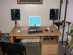 Mažosios aparatinės stalas
